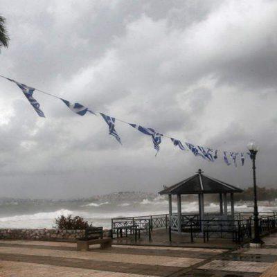 Καιρός: Βροχές, καταιγίδες και… πολλά μποφόρ σήμερα