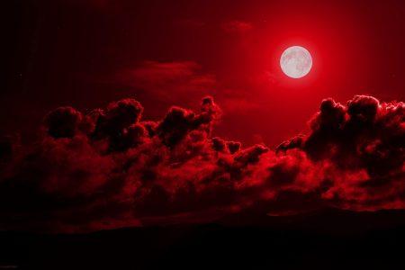 Ματωμένο Φεγγάρι 2018: «Απόψε η Δευτέρα Παρουσία – Ο ήλιος θα μετατραπεί σε σκοτάδι και…»