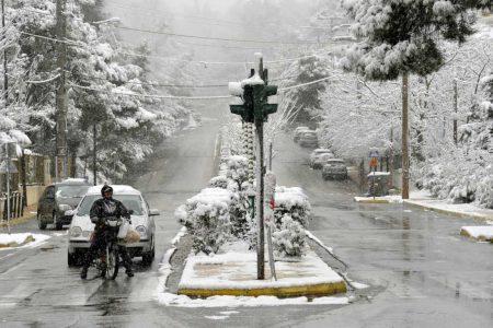 Καιρός Αθήνα – Θεσσαλονίκη: Αυτές οι περιοχές θα «θαφτούν» στο χιόνι – Πρόγνωση καιρού από Αρναούτογλου, Αρνιακό, Καλλιάνο