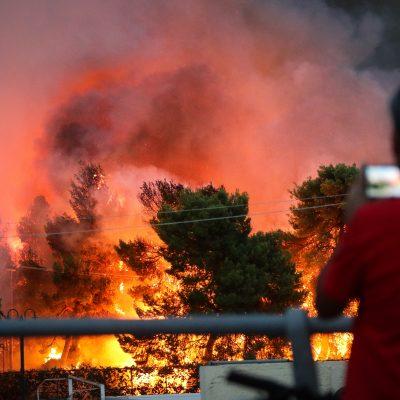 Φωτιά ΤΩΡΑ στην Εύβοια: Εκκενώνονται χωριά – Μεγάλος συναγερμός