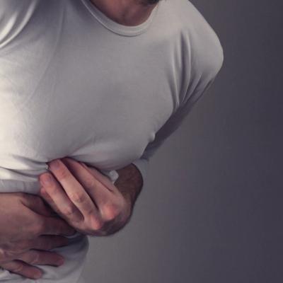 Διάτρηση στομάχου: Τα Συμπτώματα, η Διάγνωση και η Θεραπεία