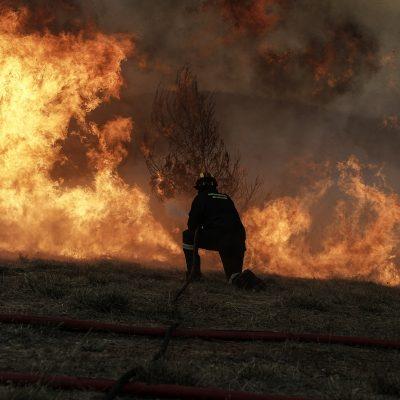 Φωτιά ΤΩΡΑ στην Αττική: Δείτε LIVE όλες τις πυρκαγιές που βρίσκονται σε εξέλιξη