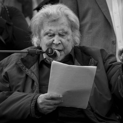 Μίκης Θεοδωράκης: Νεότερες πληροφορίες – Τι αναφέρει το πρώτο ιατρικό ανακοινωθέν