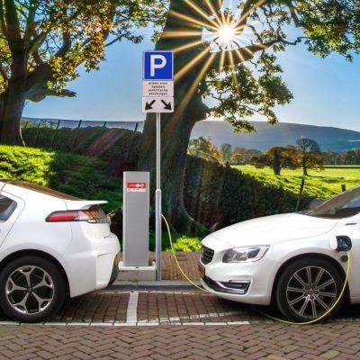 Ηλεκτρικά αυτοκίνητα: Η επιδότηση για αυτοκίνητο, ποδήλατο, σκούτερ