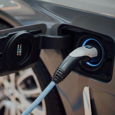 Ηλεκτρικό αυτοκίνητο, σκούτερ, ποδήλατο: ΕΔΩ η αίτηση για την επιδότηση