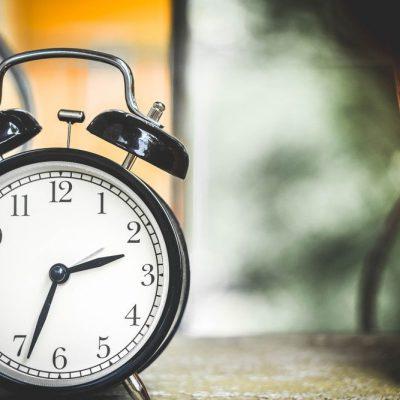 Αλλαγή ώρας – Χειμερινή ώρα 2020: Μην το ξεχάσετε! Τότε θα γυρίσετε πίσω τα ρολόγια