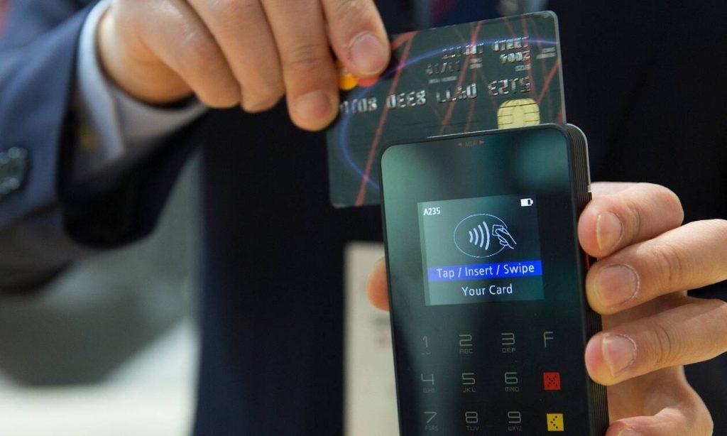 Χρεωστικές και πιστωτικές κάρτες