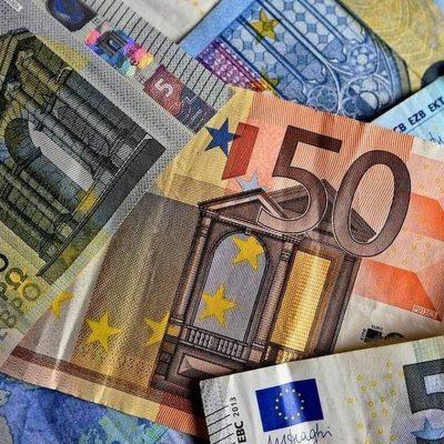 Σας αφορά: Έκτακτο επίδομα 700 ευρώ – Ποιοι θα το λάβουν και πότε