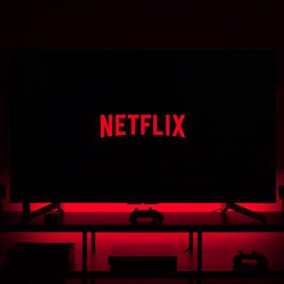 Απίστευτη εξέλιξη με το NETFLIX: «Πάγωσαν» COSMOTE TV, NOVA, VODAFONE TV
