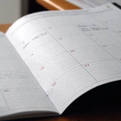 Αργίες 2021: Πότε… καθόμαστε τη φετινή χρονιά – Δείτε όλα τα τριήμερα και τα τετραήμερα