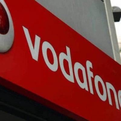 COSMOTE: Τόσο κράτησε η χαρά της – Ρελάνς από Vodafone και Wind