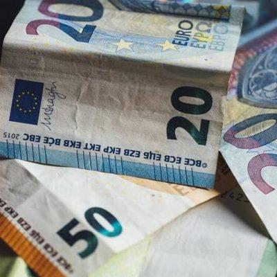 Επιστροφή φόρου 2021: Ποιοι και πότε θα πάρουν έως και 1.930 ευρώ
