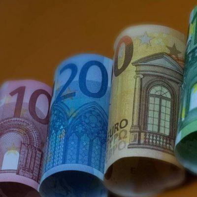 Επίδομα 534 ευρώ: Πώς θα υπολογιστεί το Φεβρουάριου – Όλες οι παγίδες