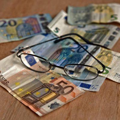 Προκαταβολή σύνταξης: Πώς θα δοθούν τα 384 ευρώ – Οι δικαιούχοι