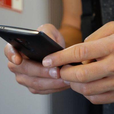 Προσοχή: Τι αλλάζει πάλι με τα SMS και τους κωδικούς μετακίνησης