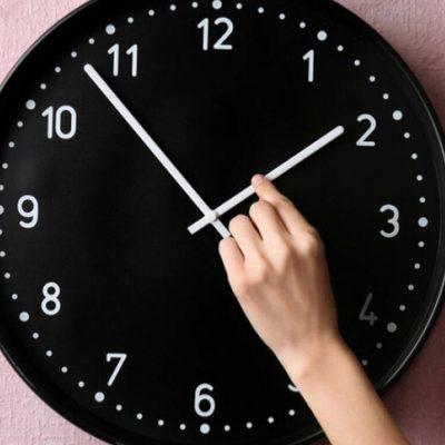 Αλλαγή ώρας 2021: Μην ξεχάστε να βάλετε τα ρολόγια μια ώρα μπροστά – Δείτε πότε
