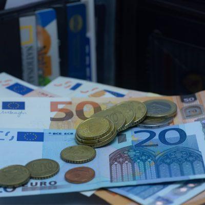 Επιστρεπτέα προκαταβολή 7: Πότε οι αιτήσεις – Ποιοι θα λάβουν έως 100.000 ευρώ