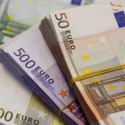 Ποιοι θα πάρουν επιδότηση έως 100.000 ευρώ – Δείτε τους κλάδους και τις περιοχές