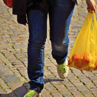 Απίστευτη κοροϊδία στα σούπερ μάρκετ: Νέα αύξηση στην τιμή της σακούλας