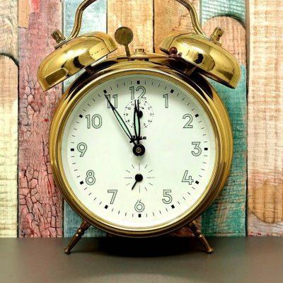 Πότε αλλάζει η ώρα 2021: Μην το ξεχάσετε – Πότε θα βάλουμε τα ρολόγια μια ώρα μπροστά