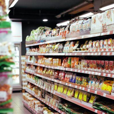 «Κύκλωσαν» την Ελλάδα και πουλάνε 40% φθηνότερα: Αυτά είναι τα νέα σούπερ μάρκετ