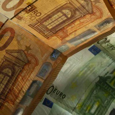 Απίστευτη «ληστεία» με τις καταθέσεις μας: Δείτε τι κάνουν οι τράπεζες