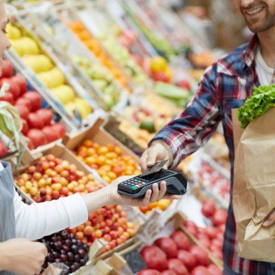 Προσλήψεις σε σούπερ μάρκετ: Δεκάδες θέσεις εργασίας σε «ΑΒ Βασιλόπουλο», «Lidl» και «Μy Market»
