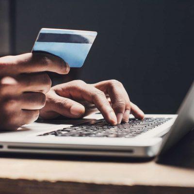 Νέα μεγάλη απάτη σε εξέλιξη: Αρπάζουν χρήματα μέσω web banking