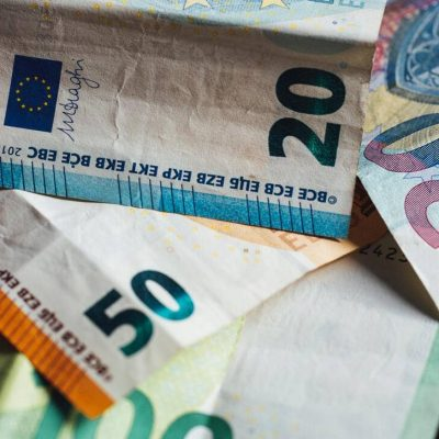 Δάνειο από το κράτος έως 25.000 ευρώ: Δες αν το δικαιούσαι