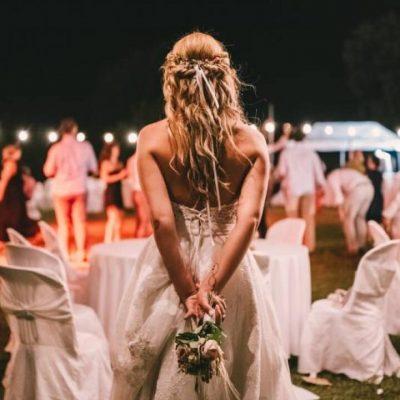 Γάμοι 2021: Πόσα άτομα επιτρέπονται σε εκκλησία και δεξίωση – Προς κατάργηση η απαγόρευση κυκλοφορίας