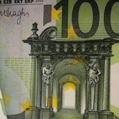 Μυστήριο με τις καταθέσεις στις ελληνικές τράπεζες: Δείτε τι έχει συμβεί
