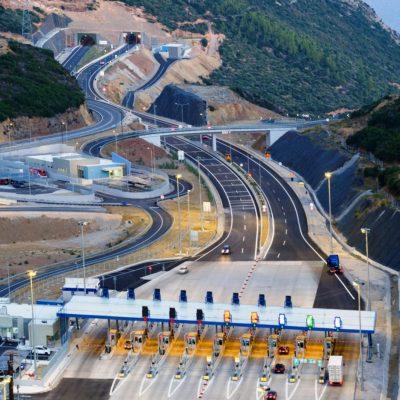 Πέφτει… χρήμα στην Ελλάδα: Τι αλλάζει σε δρόμους, γέφυρες, διόδια και ΟΣΕ