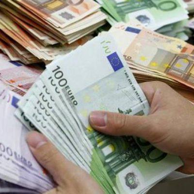 «Εισβολή» της Εφορίας στους λογαριασμούς των τραπεζών! Έπεσαν τα πρώτα πρόστιμα