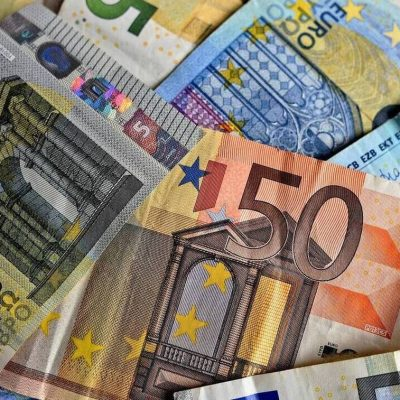 Τράπεζες: Η «ληστεία» συνεχίζεται – Πώς βάζουν… χέρι στις αποταμιεύσεις μας