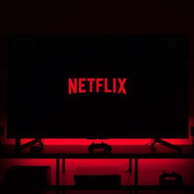Ο «πόλεμος» ξεκίνησε: Δείτε τι χουνέρι έκαναν Nova και Cosmote TV στο Netflix