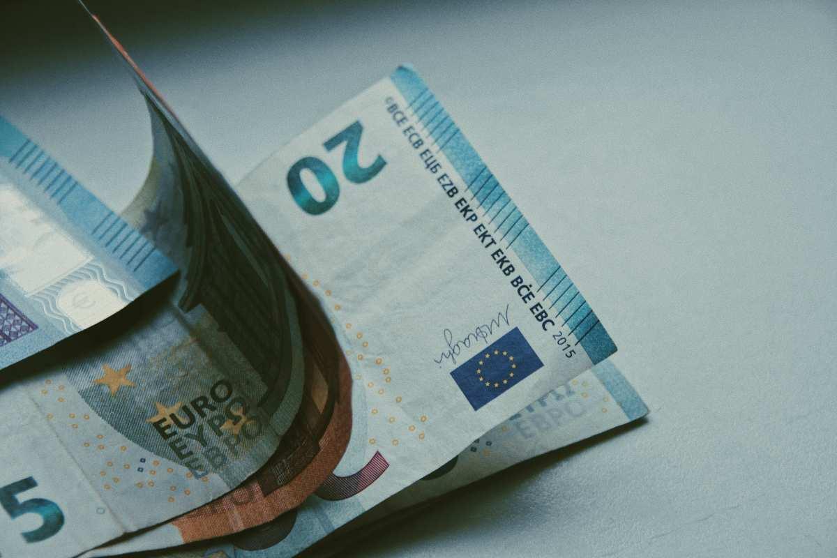 Πληρωμές e-EΦΚΑ και ΟΑΕΔ