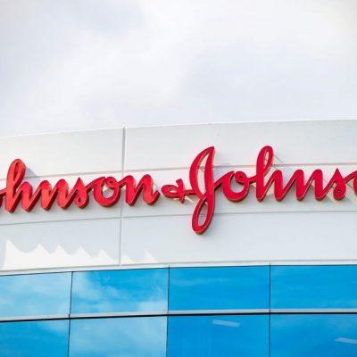 Έκτακτη ανακοίνωση της Johnson & Johnson: «Είναι καρκινογόνα»