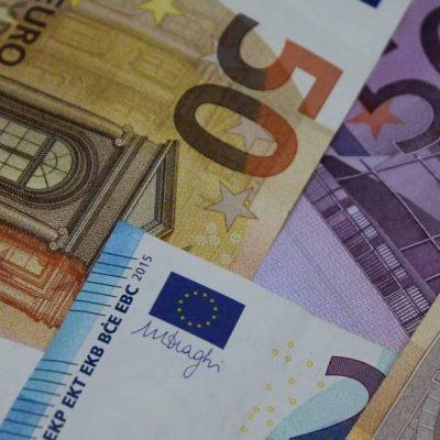Κατώτατος μισθός 2021: Τόσα χρήματα θα παίρνουμε πλέον – Ποιοι θα πάρουν έως 928 ευρώ
