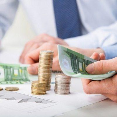 Δάνεια: Χιλιάδες ευρώ με μία αίτηση – Είπαν το «ναι» οι τράπεζες