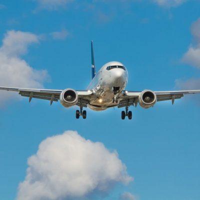 «Σεισμός» στην ελληνική αγορά – «Κανόνι» για πασίγνωστη αεροπορική εταιρεία
