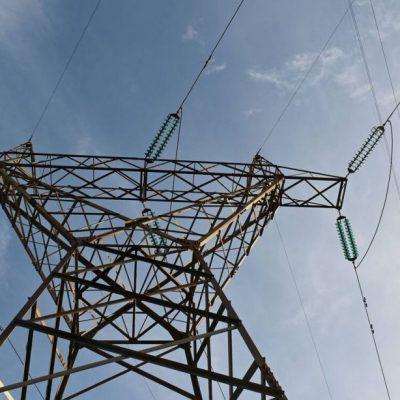 Ηλεκτρικό ρεύμα: Θέλουν να συνεχίζουν να μας κλέβουν οι πάροχοι – Λένε «όχι» σε μειώσεις