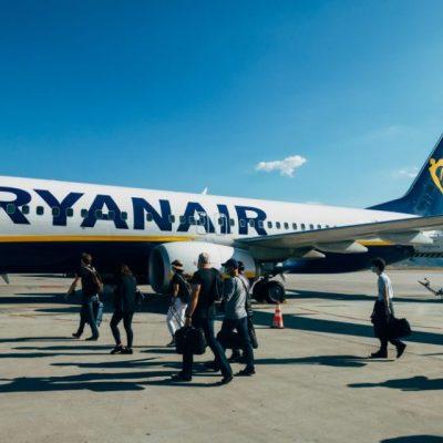 Απίθανη προσφορά από την Ryanair: Δείτε τι δίνει η εταιρεία