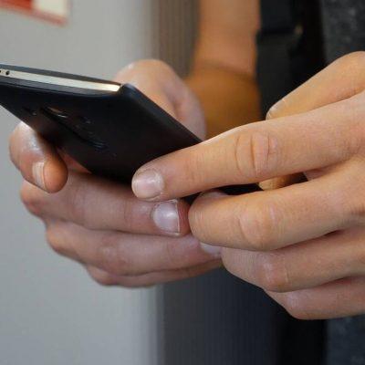 Προσοχή! Μεγάλη απάτη με SMS, e-mails και τηλεφωνήματα – Σε ποια μηνύματα δεν πρέπει να απαντήσετε ποτέ