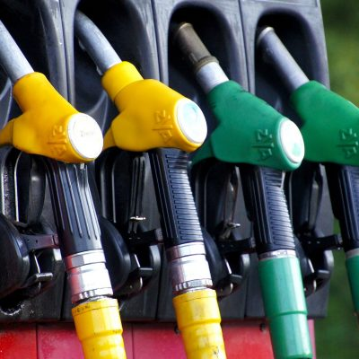 Σάλος και οργή: Δείτε πού έφτασαν βενζίνη, πετρέλαιο κίνησης και υγραέριο